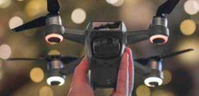 نکات پروازی برای خلبانان قبل از پرواز با هلی شات (۲)  استفاده از حالت مبتدی برای تمرین حالت ابتدایی (beginner mode) را برای پرواز در فاصله مشخص و ارتفاع محدود روشن کنید. این حالت به شما اطمینان می دهد که همه ی سنسورها و جی پی اس (GPS) روشن هستند و به شما کمک […]